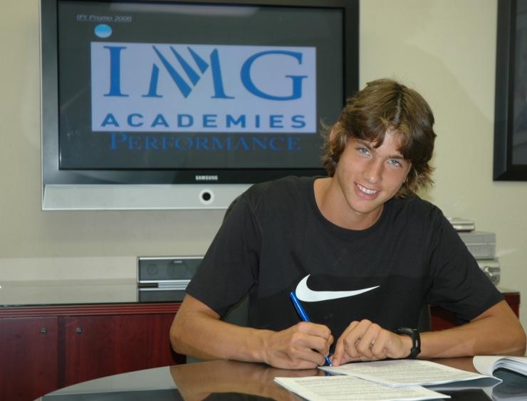 Filip Krajinovic signs with Nike