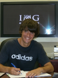 Gastao Elias signs with adidas