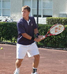 Ricardas Berankis training on clay at the Nick Bollettieri Tennis Academy